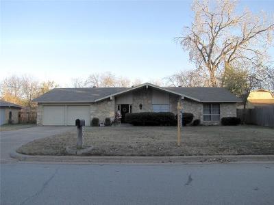 Arlington Single Family Home For Sale: 2609 Monterrey Street