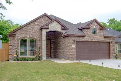 Grand Prairie Single Family Home For Sale: 1034 Pangburn