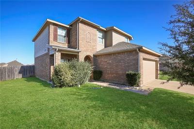 Fort Worth Single Family Home For Sale: 1629 Kings Glen Lane