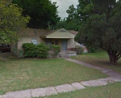 Dallas Single Family Home For Sale: 9924 Coppedge Lane