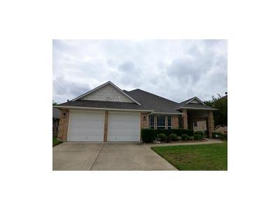 Grand Prairie Single Family Home For Sale: 5843 Grayco Drive