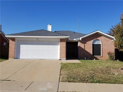 Fort Worth Single Family Home For Sale: 7016 Nohl Ranch Road