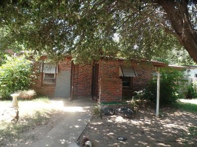 Single Family Home For Sale: 4532 Wiman Drive