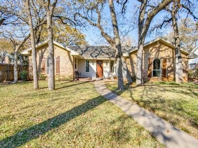 Arlington Single Family Home For Sale: 2922 Lakeshore Drive