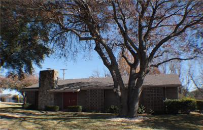 Benbrook Single Family Home For Sale: 3801 Brookdale Road
