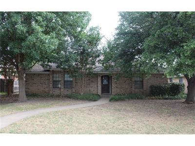 Denton Single Family Home For Sale: 315 Tanglewood Street