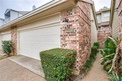 Lewisville Condo For Sale: 302 Oakbrook Drive
