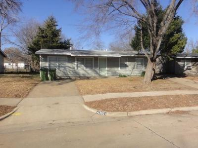 Garland Residential Lease For Lease: 1305 Greenwood Drive