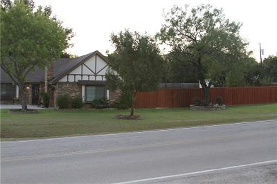 Keller Single Family Home For Sale: 300 Woodland Trail
