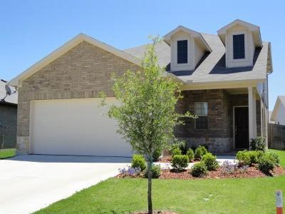 Tarrant County Single Family Home For Sale: 6841 Legato Lane