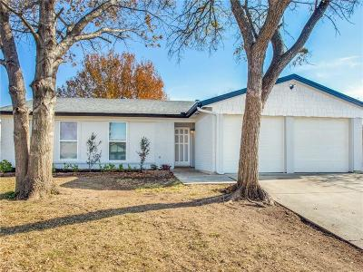 Fort Worth Single Family Home For Sale: 621 Panay Way Drive