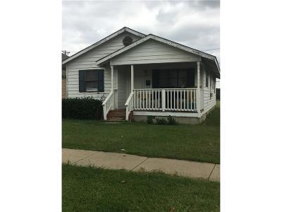 Fort Worth Single Family Home For Sale: 217 E Fogg Street
