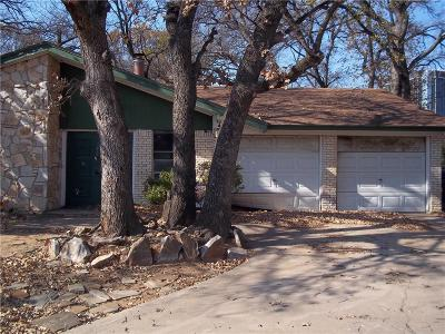 Arlington Single Family Home For Sale: 1329 Willowbrook Court