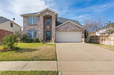 Arlington Single Family Home For Sale: 7802 Tanbark Lane