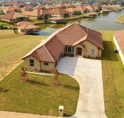 Granbury Single Family Home For Sale: 1211 Catalina Bay Boulevard
