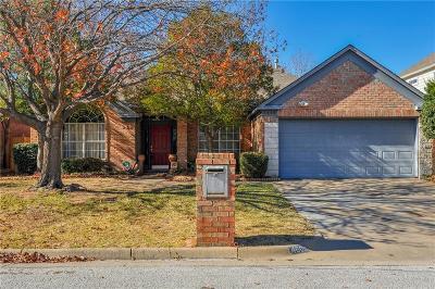 Arlington Single Family Home For Sale: 4608 Bay Point Drive