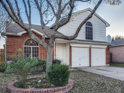 Saginaw Single Family Home For Sale: 305 Meadow Street