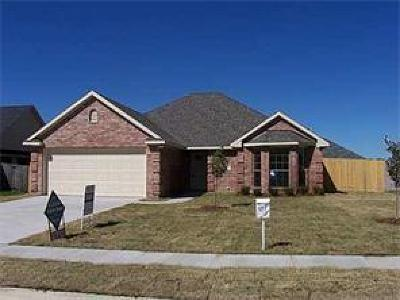 Kaufman Single Family Home For Sale: 1408 Cedar Knoll Drive