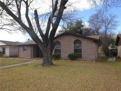 Dallas County Single Family Home For Sale: 909 Longbeach Drive