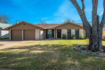 Bedford, Euless, Hurst Single Family Home Active Option Contract: 3320 Spring Valley Drive