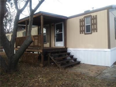 Euless Single Family Home For Sale: 120 Karen