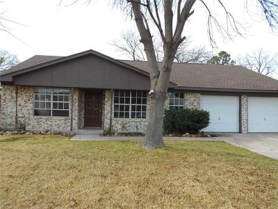 Benbrook Single Family Home Active Option Contract: 1018 John Reagan Street