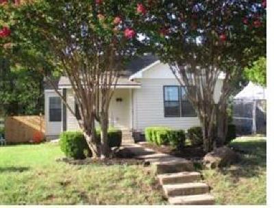 Dallas Single Family Home For Sale: 2926 Ivandell Avenue