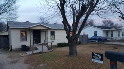 White Settlement Single Family Home For Sale: 820 Clyde Street