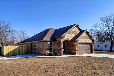 White Settlement Single Family Home For Sale: 132 N Normandale Street