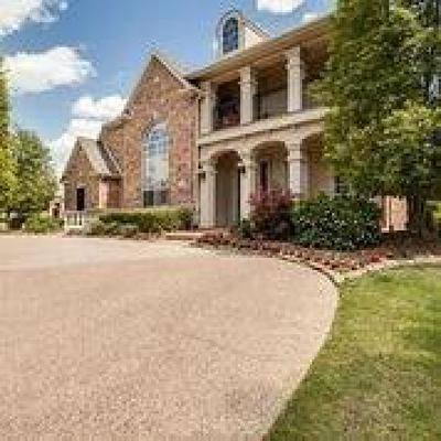 Frisco Single Family Home Active Contingent: 6725 Pheasant Run