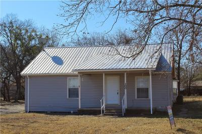 Crandall Single Family Home For Sale: 100 S 6th Street