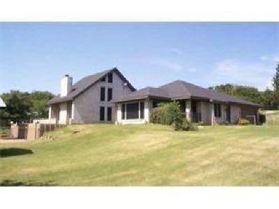 Burleson Single Family Home For Sale: 620 Curtis Road
