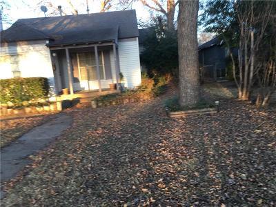 Dallas Single Family Home For Sale: 5406 Denton Drive