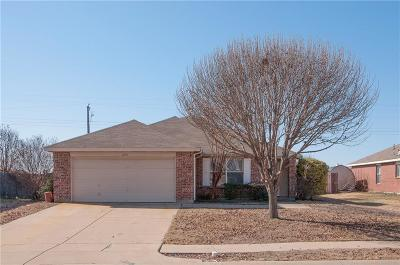 Waxahachie Single Family Home Active Option Contract: 208 Gayleh Lane