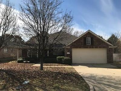 Mansfield Single Family Home For Sale: 2217 Forest Park Circle