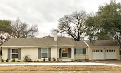 Single Family Home For Sale: 6732 Walnut Hill Lane