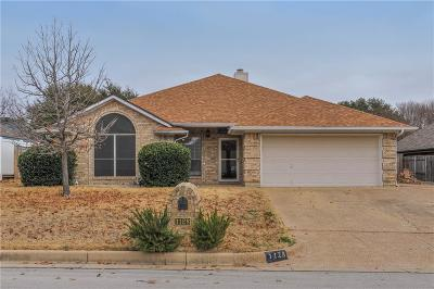 Burleson Single Family Home For Sale: 1128 Windy Meadows Drive