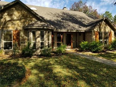 Bedford Single Family Home For Sale: 301 Blue Quail Court