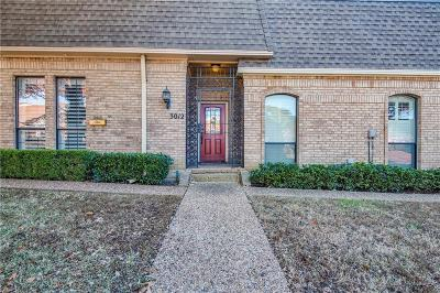 Carrollton Townhouse Active Option Contract: 3012 Stonehenge Lane