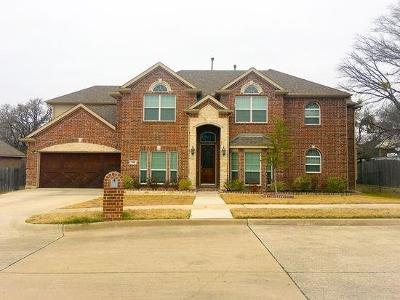 Kennedale Single Family Home For Sale: 514 Oak Forest Court