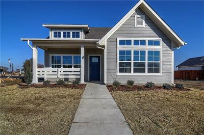 Celina Single Family Home Active Option Contract: 727 Mulberry Court