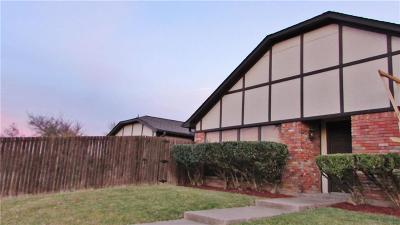 Half Duplex Active Option Contract: 10301 Bernardin Circle