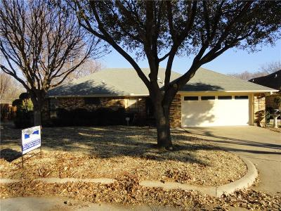 Grapevine Single Family Home For Sale: 1410 Tradewind Street