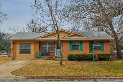 Waxahachie Single Family Home Active Option Contract: 217 Charlotte Avenue