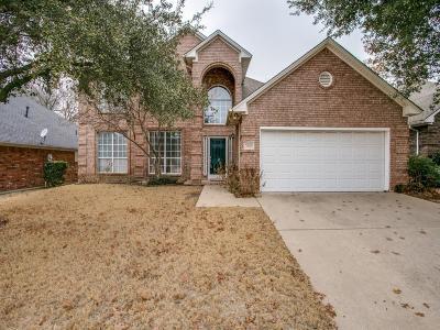 Arlington Single Family Home For Sale: 2009 Broadleaf Drive