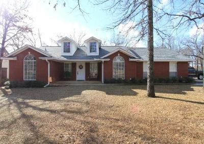 Mabank Single Family Home For Sale: 378 Saint Andrews Drive