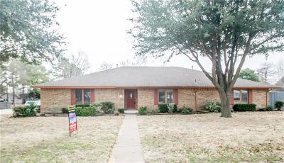 Grapevine Single Family Home For Sale: 1953 Limerick Lane
