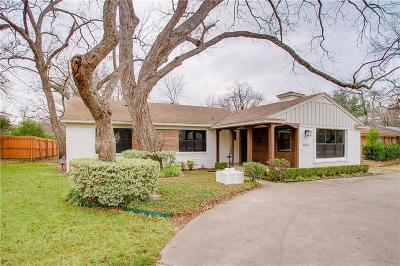 Dallas Single Family Home For Sale: 3615 Holliday Road