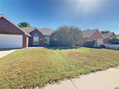 Mansfield Single Family Home For Sale: 2206 Richmond Circle