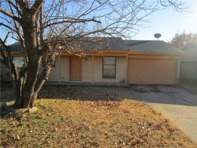 Grand Prairie Single Family Home For Sale: 2333 April Lane